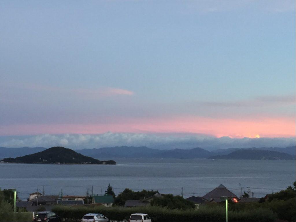 瀬戸内海の夕景