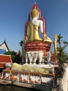 ワット・クン・チャンの仏像