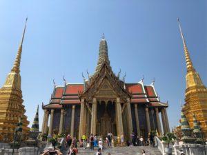 ワット・プラケオ王室専用御堂と仏塔