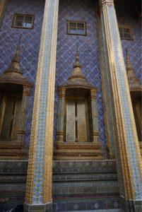 ワット・プラケオ御堂の壁面