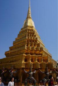 ワット・プラケオの仏塔