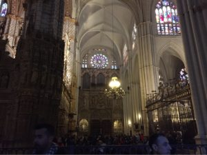 トレド大聖堂内部 ステンドグラス