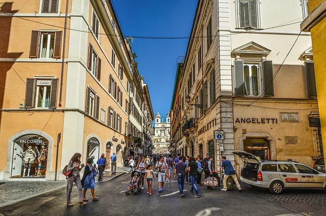 ローマ 買い物