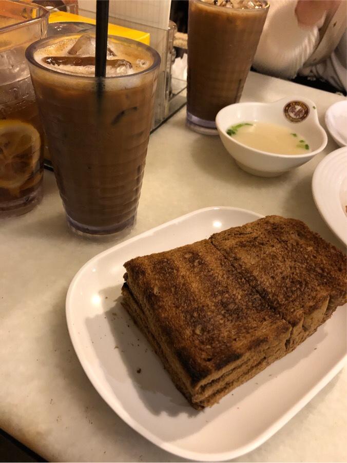 カヤトーストとコーヒー